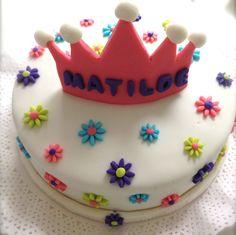 tortas decoradas de coronas de princesas - Buscar con Google