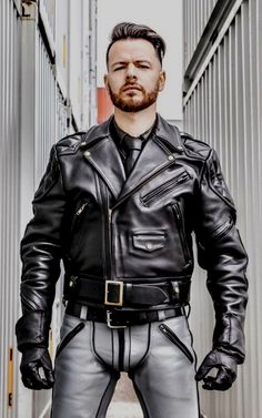 Leather Gloves, Lambskin Leather, Leather Jackets, Leather Coats For Men, Grey Leather, Leather Jeans Men, Biker Leather, Famous Men, Leather Fashion