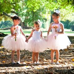 Love the ballerina flower girl dresses!