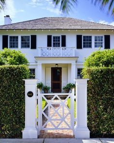 Exterior Home Renovation Ideas to Increase the Curb Appeal of Your Home - Ribbons & Stars Front Yard Fence, Front Gates, Front Entry, Front Doors, Garage Doors, Front Courtyard, White Houses, Garden Gates, Better Homes And Gardens