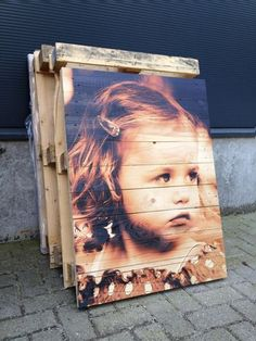 Je foto's op hout Pallet Crafts, Pallet Art, Pallet Projects, Wood Crafts, Photo On Wood, Picture On Wood, Photo Deco, Foto Transfer, Pallet Designs
