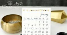 "Make your desk ""glow"" with the 2015 Printable Desk Calendar   @mamamissblog"