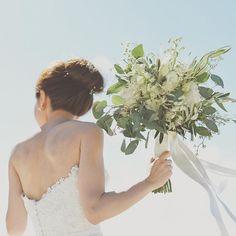 おしゃれ度UP!今どきスタイルの花嫁さんは《ナチュラルブーケ》をセレクトしています♡   ZQN♡