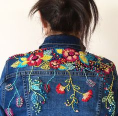 Cross Stitch And Embroidery 2 / Ristipistot Ja Muu Kirjonta 2 Embroidery Fashion, Embroidery Applique, Embroidery Stitches, Embroidery Designs, Embroidery On Denim, Polish Embroidery, Denim Ideas, Embroidered Clothes, Embroidered Jacket