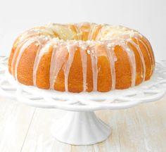 Super Lemon Bundt Cake - Sprinkle Some Sugar Lemon Desserts, Lemon Recipes, Just Desserts, Baking Recipes, Delicious Desserts, Cake Recipes, Dessert Recipes, Yummy Food, Bunt Cakes