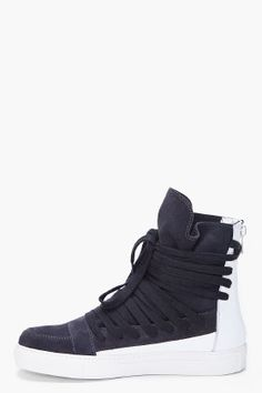 These look cool. KRISVANASSCHE // TWO TONE LEATHER #SNEAKERS www.eff-style.com