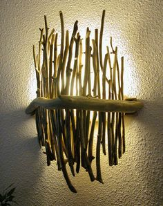 15 Beautiful Upcycle Wooden Branch DIY Ideas To Bring More Nature Into Your Home - All For House İdeas Driftwood Furniture, Driftwood Lamp, Diy Furniture, Furniture Design, Plywood Furniture, Modern Furniture, Rustic Lamps, Wood Lamps, Wood Sconce