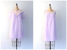 pastel lilac nightie & peignoir set - 50s .1960s dressing robe / Lavender - 60s sheer nylon chiffon / Fairy Kei - vintage pin up lingerie