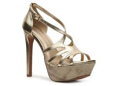Gold heels {Hez note: have and love!}
