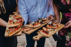 """""""Whether it's a wood-fired pizza oven, fire pit barbecue or street food cart, the Berkshire-based wedding venue is ready to embrace this new trend. Chicken kebabs and the famous Wasing sausage are all firm favourites on the fire pit barbecue; whilst some couples are opting for the delicious handmade and hand-rolled pizzas with any topping they desire."""