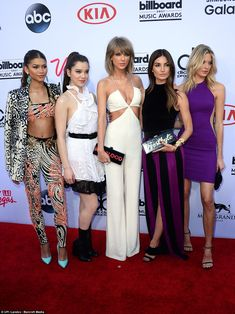 Together on the carpet: Zendaya, Hailee, Taylor, Lily Aldridge, and Martha Hunton the carp...