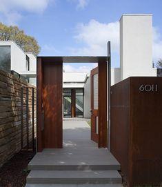 Inner Courtyard House Plans: Jigsaw by David Jameson Architect