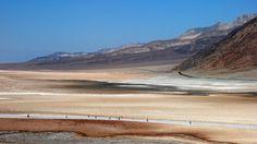 USA - Park Narodowy Doliny Śmierci - jeden z najgorętszych obszarów na kuli ziemskiej.