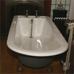LARGE RESTORED PLUNGER BATH
