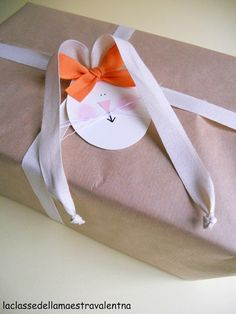 ~ Cute Kraft Paper Gift Wrapping Idea ~