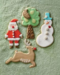 Use royal icing and our Christmas templates to create whimsical and delicious holiday cookies.Print the Santa TemplatePrint the Partridge and Pear Tree TemplatesPrint the Reindeer TemplatePrint the Snowman TemplateHow to Make the Holiday Cookies Christmas Cake Pops, Christmas Sugar Cookies, Noel Christmas, Holiday Cookies, Christmas Treats, Holiday Treats, Handmade Christmas, Christmas Decorations, Italian Christmas