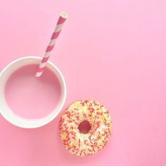 Go nuts for donuts/Lauren Foster/Love Lola Aesthetic Colors, Aesthetic Pictures, Donuts, Pink Panthers, Pink Wallpaper, Wallpaper Backgrounds, Everything Pink, Bubble Gum, My Favorite Color