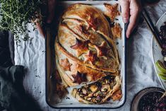 Vege-Wellington joulupöytään (V) – Viimeistä murua myöten Lidl, Vegetarian Recipes, Turkey, Bread, Vegan Food, Ps, Christmas, Xmas, Turkey Country
