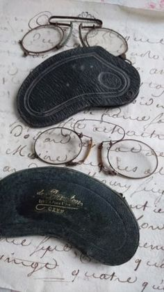 9b419dc611a Details about 2 Prs ANTIQUE FRENCH TIMEWORN PINCE NEZ SPECTACLES   CASES  c1850s ATTIC FIND
