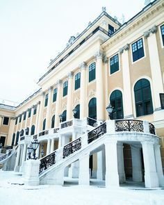 Vienna Guide, Pixi, Winter, Mansions, House Styles, Places, Seasons Of The Year, Winter Time, Manor Houses