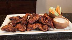 Brisket on your Pit Barrel Cooker Chicken Wing Dipping Sauce, Bbq Chicken Wings, Chicken Wing Recipes, Smoked Hot Wings Recipe, Smoked Wings, Pit Barrel Cooker, Spicy Wings, Sweet And Spicy, Cooker Recipes