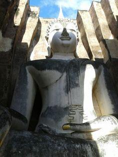 Wat Si Chum Sukhothai Thailand