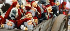 Christmas decoration from Hadeland in Norway - and Christmas Food in Norway on the following pages