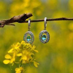 Gemstone Earrings http://geshia.com/gemstone-earrings.html?p=2