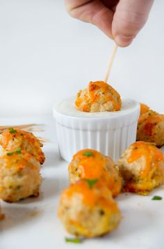 Cheddar Chicken Bites - Great for Tailgating or March Madness http://livedan330.com/2016/01/05/cheddar-chicken-bites/