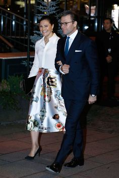 16 October 2017 - King Carl Gustaf, Queen Silvia and Crown Princess Victoria attend the Stefan Persson's anniversary symposium at the Karolinska Institute in Solna - skirt by MexJenny, shoes and clutch by Stella McCartney