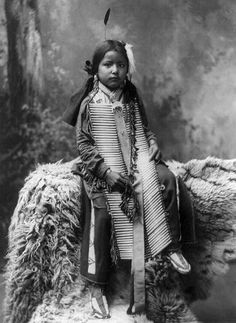 Native American Kids – 31 Rare Vintage Photos of Indian Children in the late 19th Century