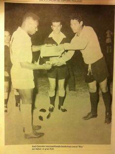 Aqui El Muerto Gonzalez con Pelé. May 11, 2016.