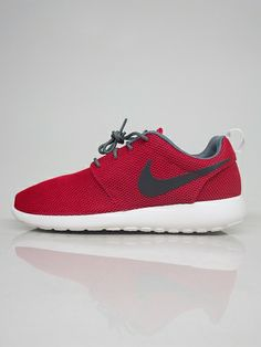 NIKE SPORTSWEAR 511881 622 ROSHE RUN Scarpe Basse - red € 90,00 - See more at: http://www.moveshop.it/ecommerce/index.php/it/articolo/50059/9527/511881%20622%20ROSHE%20RUN#sthash.4PNNbvVR.dpuf