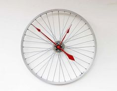 Bicycle Wheel turned into a clock. Great idea for the avid bike rider.