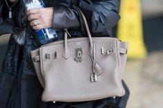 Hermes Paris, Hermes Handbags, Best Bags, Purses And Bags, Hermès Bags, Beautiful Bags, Hermes Birkin, Fashion Bags, Things To Sell
