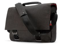 Mamba courier 15, black | Elegant messenger-style brief for 15-inch MacBook Pro