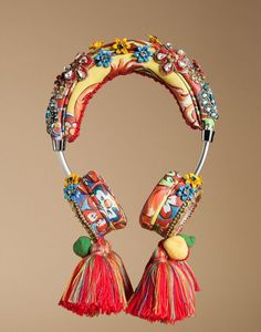 Dolce & Gabbana Online Store, shop on the official store exclusive clothing and accessories for men and women. Crown Headphones, Cute Headphones, All Fashion, Passion For Fashion, Phone Watch For Kids, Types Of Fashion Styles, Headbands, Unique Jewelry, Jewelry Accessories