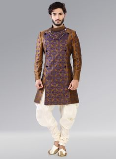 Buy Cbazaar Golden Indowestern Patiala Style Sherwani online in India at best price. Golden benarasi indowestern sherwani with fancy collar and block foliage patterns all over the sherw Sherwani Groom, Mens Sherwani, Wedding Sherwani, Men Kurta Wedding, Punjabi Wedding, Wedding Dresses Men Indian, Wedding Dress Men, Wedding Suits, Indian Weddings