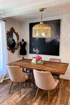 Feminine Romantic Dining Room | Apartment Dining Area | Vintage Gold Mirror | Gold Fan Shade Chandelier Elegant Dining Room, Beautiful Dining Rooms, Dining Room Design, Dining Area, Modern Apartment Decor, Modern Decor, Apartment Ideas, Modern Design, Vintage Gold Mirror