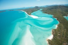 22 spectacular places around the world - Hill Inlet, Queensland, Australia