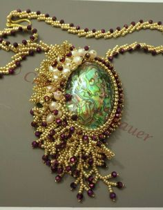 Bead embroidery Christa Kohlbauer – Beading and Clothes Seed Bead Jewelry, Beaded Jewelry, Handmade Jewelry, Beaded Necklace, Necklaces, Jewellery, Bead Embroidery Jewelry, Beaded Embroidery, Bead Art