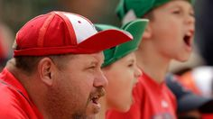 10 ways to know you're a baseball fan. http://olympic.ca/2014/10/27/10-ways-to-know-youre-a-baseball-fan/