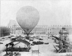 Ruine des Tuileries et ballon Giffard en 1878 - Paris