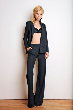 Holmes & Yang Spring 2014 Ready-to-Wear Collection Photos - Vogue