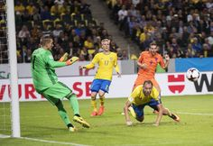 Anderas Granqvist of Sweden shoots a header during the FIFA World Cup Qualifier between Sweden and Netherlands at Friends arena on September 6, 2016 in Solna, Sweden.