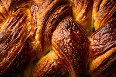 How to Make a Braided Croissant Loaf, Step by Step Butter Croissant, Croissant Dough, Loaf Recipes, Wine Recipes, Brunch Recipes, Gourmet Recipes, Yummy Recipes, Recipies, Homemade Croissants