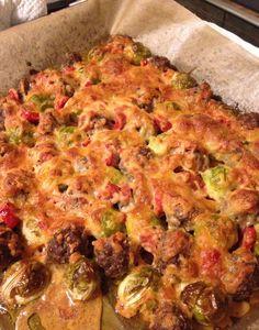 Rosenkohl-Hackbällchen-Blech mit über 50 gr Protein pro Portion - lovetobefit.de Protein, Ratatouille, Sprouts, Dinner Recipes, Food And Drink, Yummy Food, Vegan, Vegetables, Breakfast