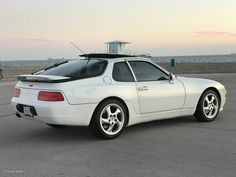 Do you hold onto the good ones for life, or do you swap sports cars like batteries? Porsche 968, Mitsubishi Cars, Gt Cars, Cool Cars, Trucks, Teaching, Vehicles, German, Colors