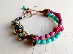 Handgemachte Perlen Armband in Hyazinthe Rosa, Türkis-mintgrün und Korallen rot, mit handwerklichen Murano Glas - Songbead UK, Narrative Schmuck