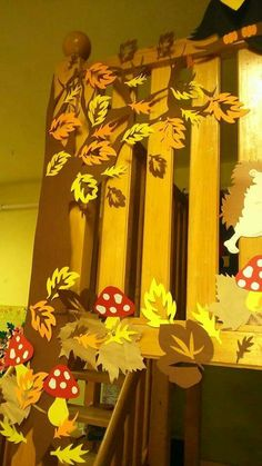 Galéria díszítés Easy Diy Crafts, Decor Crafts, Crafts For Kids, Class Decoration, School Decorations, Autumn Crafts, Thanksgiving Crafts, Autumn Activities, Craft Night